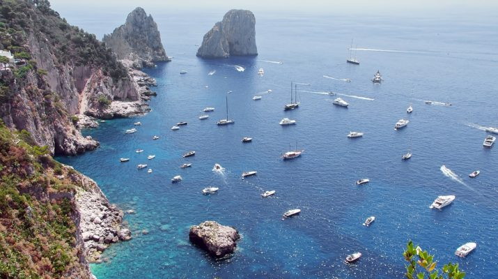 Zamiřte s celebritami na ostrov Capri