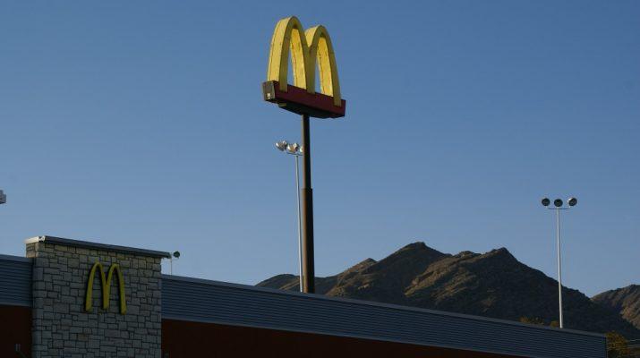 McDonald`s ve světě bydlení? Nabízel svíčky se zvláštními vůněmi